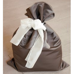 pink fabric gift sacks