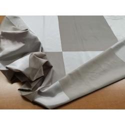 Tessuto misto seta con motivo a scacchi color acciaio e argento