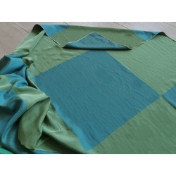 Tessuto misto seta con motivo a scacchi color petrolio e verde scuro