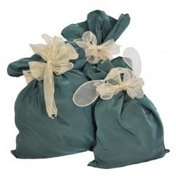 Sacchetti in tessuto verdi