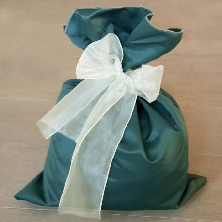 pink fabric gift sacks